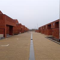 Mercuriusstraat (links koopwoningen, rechts huurwoningen)
